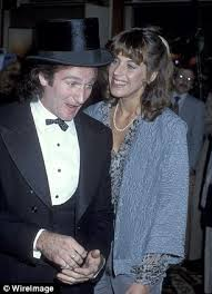 Robin Williams Memoriam Velardi and williams first met at a san francisco tavern in 1976 where she worked as a waitress and he worked. www ldcelebrityinterviews com